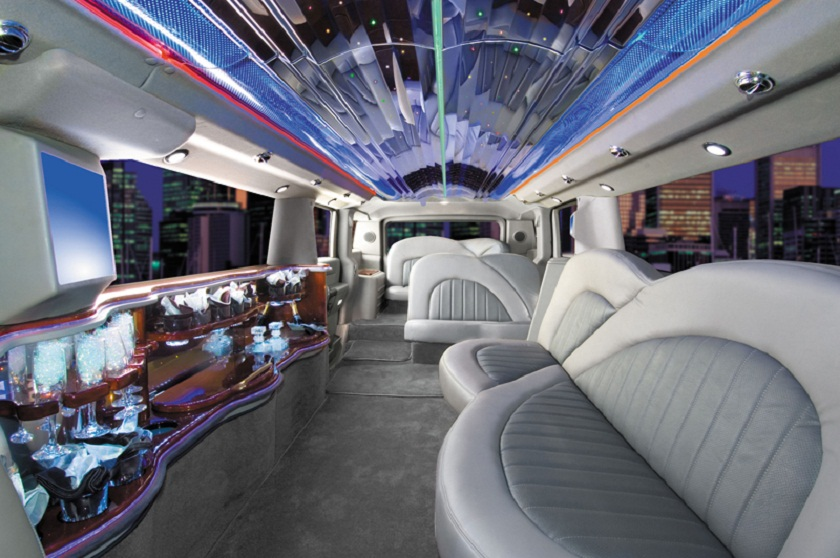 everything is special in longest car limo limo car entered the guinness book of world records. Black Bedroom Furniture Sets. Home Design Ideas