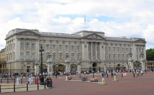 Which Is The Official London Residence Of British Royal